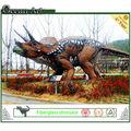Schönen cartoon dinosaurier einen film aus fiberglas: eiszeit