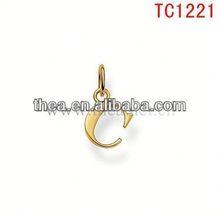 TC1221 latest stylish gold alphabet C christmas ornament wholesale jewelry pendant charm factory price