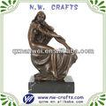 harz sex figur statue dame sitzt