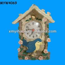 2013 clock design swiftlet garden resin Pet House