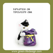 Polyresin kitten with bag shape pen holder