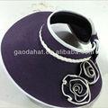De color púrpura de papel trenza dom viseras/viseras de colores con la flor