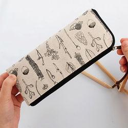 LANGUO new design promotional plastic pencil box for wholesale