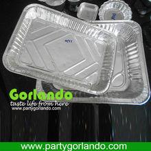 large rectangulat disposable aluminum foil food trays