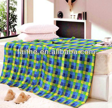100% Polyester Fleece Blanket With Grid Printing