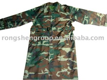 Polyester Made Camouflage Pattern Raincoat for Army Using