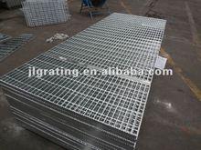 Serrated galvanized steel grating