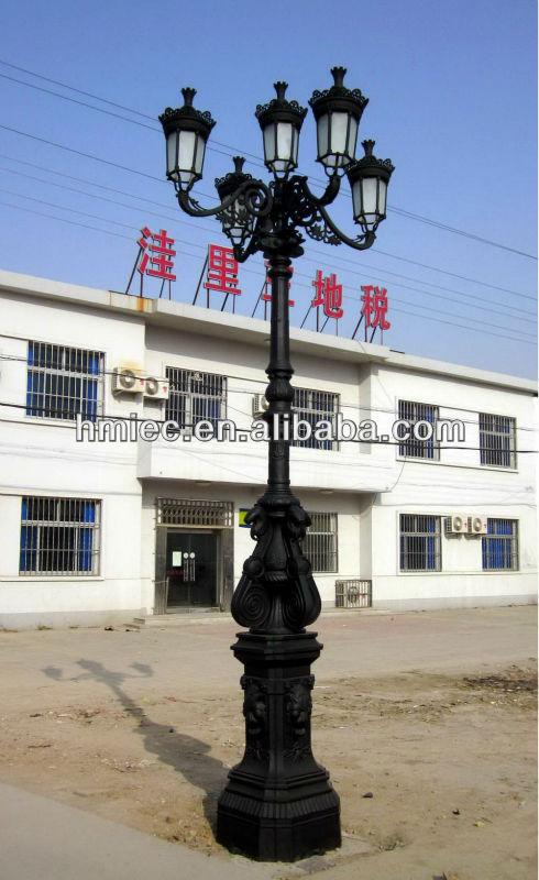 Fonte de fer lampadaire ext rieur lampadaire fonte p le de for Lampadaire exterieur fonte