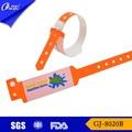 Gj-8020b profesional de fábrica de la fabricación más barato luego material de silicona pulseras personalizadas