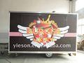 los alimentos van de comida rápida de camiones