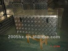 Aluminum side mount truck tool box