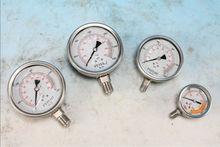 olio idraulico manometro