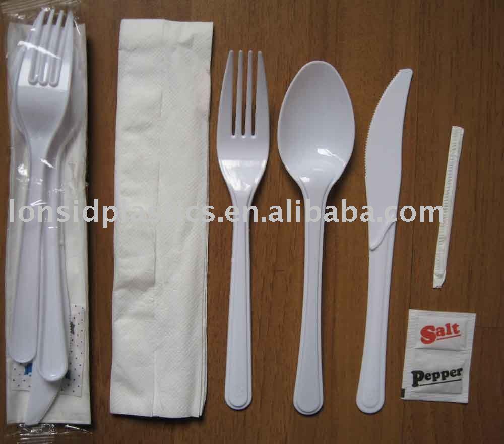 5.5gน้ำหนักหนักพลาสติกที่ใช้แล้วทิ้งบนโต๊ะอาหารชุด- มีด, ส้อม, ช้อนและอื่นๆ