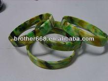 custom slim 1/2 inch silicone wristband swirl color/swirl silicone bracelet Factory/OEM silicone wristband