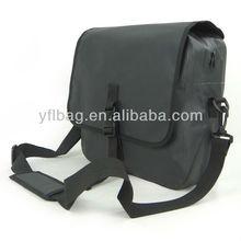 high quality waterproof shoulder sling bag for 14' laptop