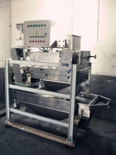 automatic peanut particle cutting machine/peanut bar cutting machine/peanut cutting machine