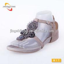Brushed genuine leather beaded ladies elegant flat shoes