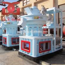 auto lubricate ring die biomass wood pellet making machine/wood pelletizing machine/wood pellet machine price