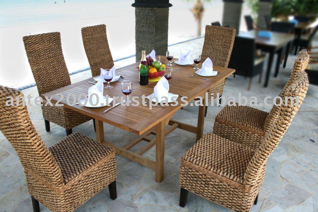 Teak Outdoor and Garden Furniture: Teak Combined with Wicker Furniture