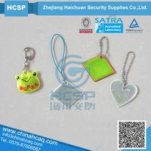 EN13356 bear reflective keychain/reflective hanger