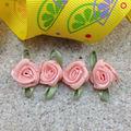 Hecho a mano de seda con rosas de cinta para la decoración 1-468