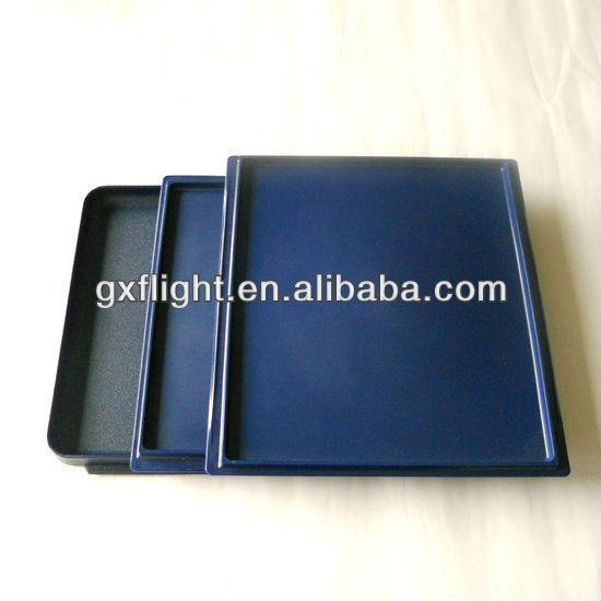 1/ 2 atlas plastic tray