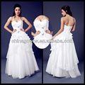 Increíble un- la línea de la gracia de novia vestido de novia con piedras