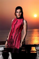 Fashion designer Indian style kurti Ladies Cotton Silk kurti tunic top kurti with machine embroidered