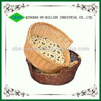 Decorative handmade wicker cat basket
