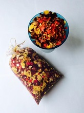 CONFETTI BY NATURAL HAND PRESS FLOWER PETALS. BIODEGRADABLE
