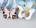 de alta qualidade bonita em forma de borboleta emblema botão