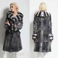 QD30074 Young Ladies Fashion Sheep Coats by Persian Sheep Fur with Chinchilla Fur Collar in Korea Style Long Coat