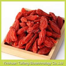 Natural bulk dried goji berries with 250 grains per 50g