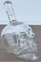 Borosilicate glass vodka skull wine bottle