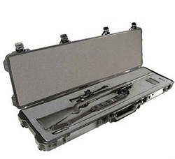 plastic travel hard gun long case bag with high density diced foam/handle/wheel