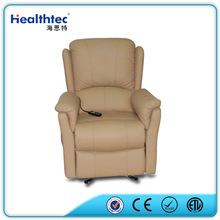 soggiorno elegante marrone divano reclinabile in pelle color crema