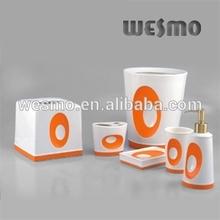 Porcelain bathroom accessories set