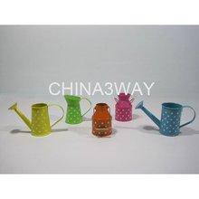 Mini tin milk jug as gift for kids