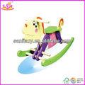2014 novo balanço de madeira de brinquedo para crianças, projeto bonito cavalo de balanço de brinquedo para crianças, venda quente do cão coloridos da mola de balanço de brinquedo wjy8105