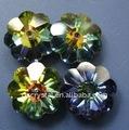 Cristal flor de ameixa como acessório do vestuário