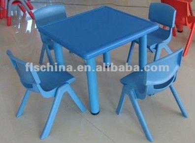 apilables de colores de plástico los niños tabla y silla