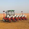 Un buen rendimiento 2bfy-4 maíz sembradora sembradora con fertilizantes