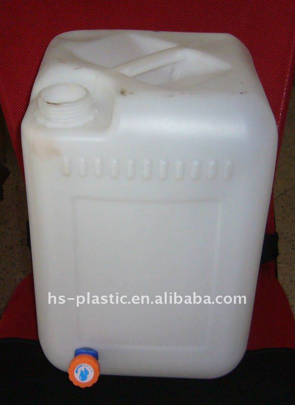 Plastic Container with Faucet