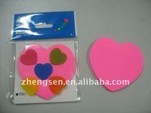 2012 heart-shaped sticky note