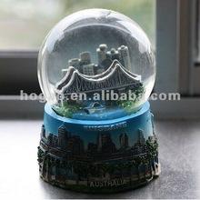 2012 new fashion polyresin snow sphere