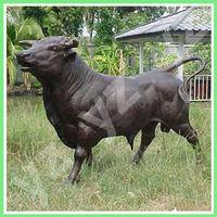 Garden decor casting black bronze bull sculpture