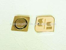 smalto badge bottone magnetico