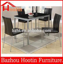 tavolo da pranzo in vetro e sedie in pelle set da pranzo