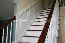 Bois de chêne solide balustrades rampes et un escalier résidentiels. design moderne
