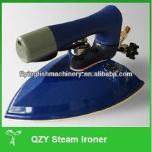 Hand steam iron